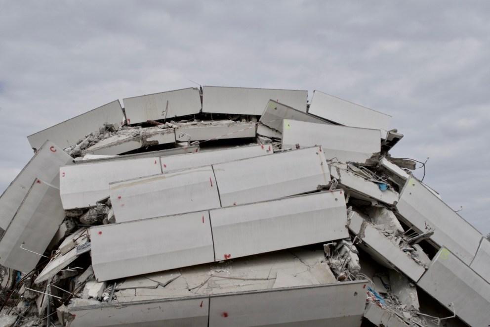 Das Bonn-Center nach der Sprengung.