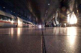 Frankfurt Flughafen Fernbahnhof - Abendsonne