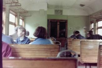 Sankt Petersburg – Pendlerzug vom Schloss Peterhof zurück in die Stadt
