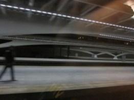 Liege, Belgien - aus dem anfahrenden Zug fotografiert