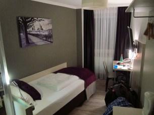 Simple and clean hotel in Frankfurt