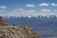 Kardung-Pass, (Khardung La) im Himalaya, Indien - mit der Vespa geht mir wegen der Höhe immer wieder der Motor aus