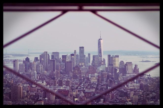 Eine Vignette unterstreicht den Rahmen für dieses Foto. Dazu ein zarter Violett-Filter passend zum Abendlicht