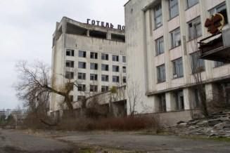Auf dem zentralen Platz, beim Hotel Polissja