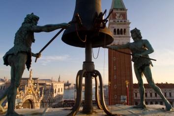 Blick vom Uhrenturm von Venedig (Torre dell'Orologio)