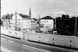 Auf der halbierten Viktoriabrücke
