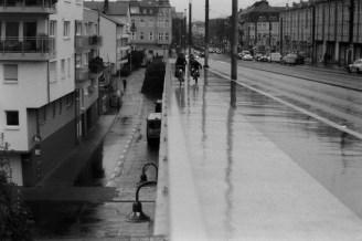 Mit dem Wephota Pan 100 auf der verregneten Kennedybrücke in Bonn