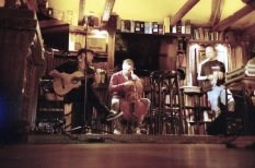 Musik im Fiddlers Irish Pub in Endenich