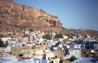 Meherangarh Fort über Jodhpur, Rajasthan India 2006 Fuji Superia 200