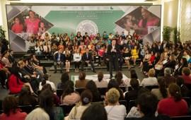 La violencia de género representa un reto en el que debemos avanzar de manera significativa: Osorio Chong