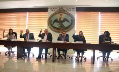 Presentan Constitución Política de los Estados Unidos Mexicanos para Niños y Jóvenes Ilustrada