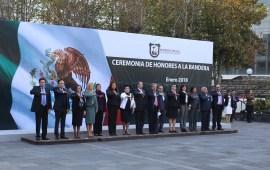Integrantes de la Segunda Sala en Materia Civil del Tribunal Superior de Justicia participaron en la ceremonia de Honores a la Bandera