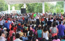 Vamos a pagar la deuda histórica de Veracruz en materia social: Pepe Yunes