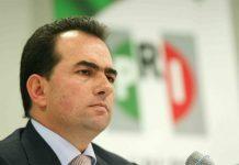 """""""Pepe"""" apuesta vencer esas inercias, con su bagaje político."""