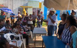 Vecinos de la Puerto México consideran a TRONCO como el mejor preparado para ser su diputado federal