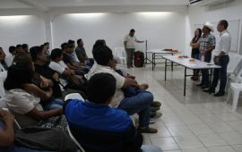 UNIVERSITARIOS RECONOCEN LABOR DE TRONCO