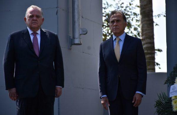 A Edel Álvarez lo nombra Yunes Linares, nuevo Jefe Político