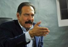 """Al """"Brujo"""" Moreno Brizuela, incorpora AMLO; a la transición"""