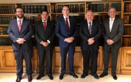 Magistrado Presidente Edel Álvarez, sostiene reunión de trabajo en el INCAM