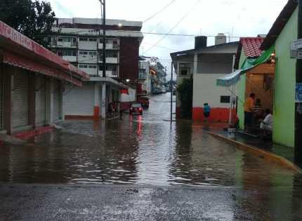 """Imagenes de """"CATEMACO HOY""""  *Por los efectos de las lluvias…."""