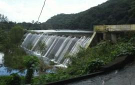 CFE causante de inundación en Catemaco