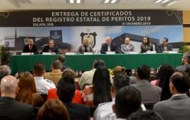 Entregan certificados a integrantes del Registro Estatal de Peritos 2019 del Poder Judicial del Estado