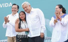 Anuncia AMLO 20 mil empleos para el sur de Veracruz