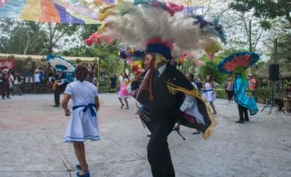 En Cumbre Tajín florecen la poesía, la medicina, la danza y los ceremoniales totonacas