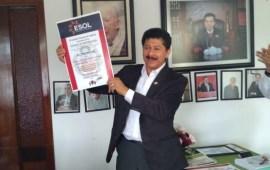 Merecido reconocimiento al Regidor Rafa Pérez por su trayectoria de Servicio Público