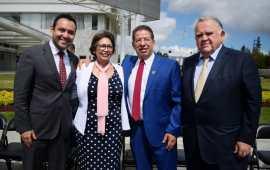 Pozos Castro asiste a la instalación del CEIEG de Veracruz