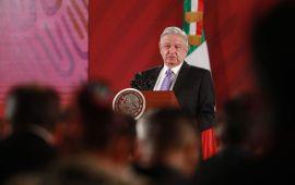 El presidente AMLO desempolva su vaciladora consulta. ¡Tren Maya!