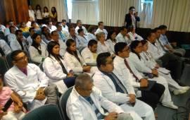 RECONOCE IMSS A MÉDICOS DESTACADOS DE COATZACOALCOS