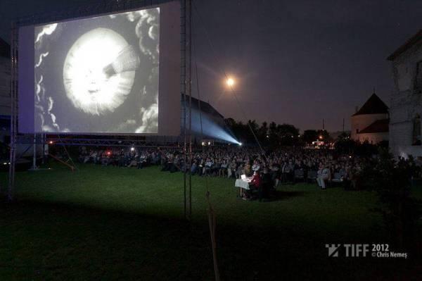 ChrisNemes_Cine-Concert_Georges_Melies_TIFF_2012-0145_7c62ef2f0d