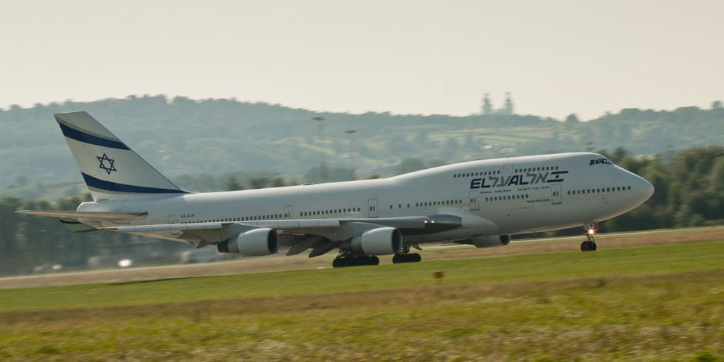 Boeing 747 on Balice runway