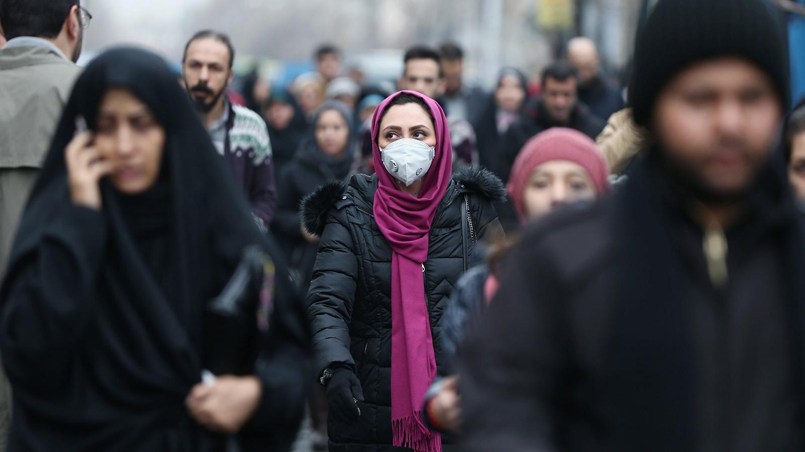 Photo of الدول المجاورة لإيران تفرض حظراً على السفر بعد تفشي كورونا