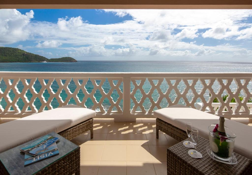 curtain bluff all inclusive old road
