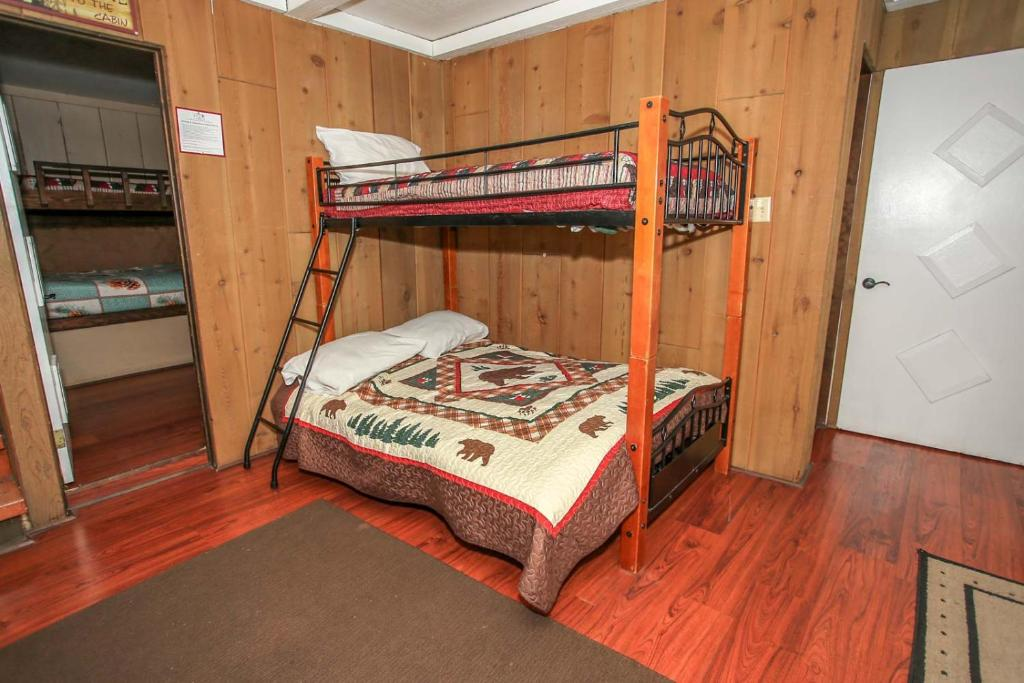 Treehouse By Big Bear Cool Cabins Sugarloaf Updated 2020 Prices
