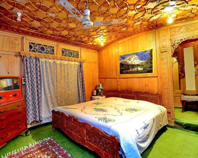 srinagar hotels