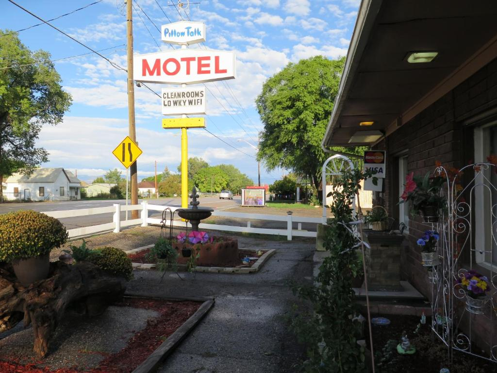 pillow talk motel wellington usa