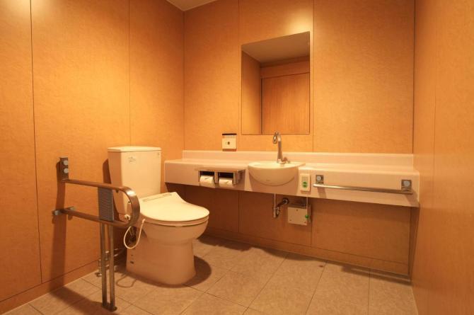 【いこいの村 能登半島】バリアフリー対応客室のトイレ