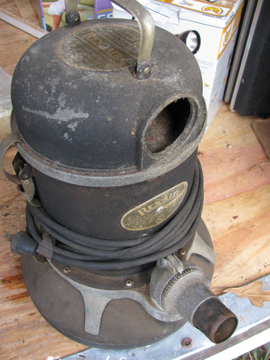 An Ancient Vacuum Cleaner