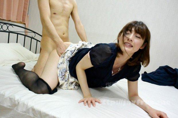 [HD][AQSH-022] 人妻肉欲家政婦 エロ小説家に妻を好き放題弄ばれ中出しペットに調教されました 森沢かな