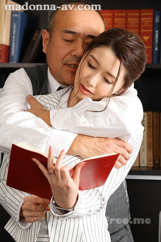 [HD][JUL-631] 人妻秘書、汗と接吻に満ちた社長室中出し性交 最高級の美魔女が贈る極上の接吻《中出し》傑作ドラマ!! 愛弓りょう