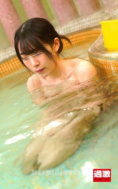 [HD][NHDTB-503] 混浴温泉で乳首をしつこく刺激する乳吸い責めに欲情した女は湯しぶきが立つハードピストンの快感で中出しを拒めない5