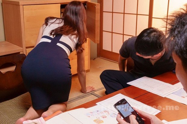 [HD][NKKD-215] 屈辱公民館NTR 町内会の絶倫男達に毎週木曜公民館でちょめちょめされていたウチの妻 小早川怜子