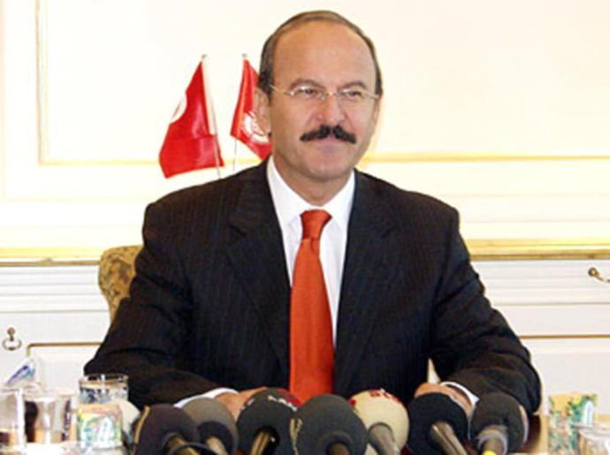 İstanbulun en başarılı belediye başkanı sizce hangisi?