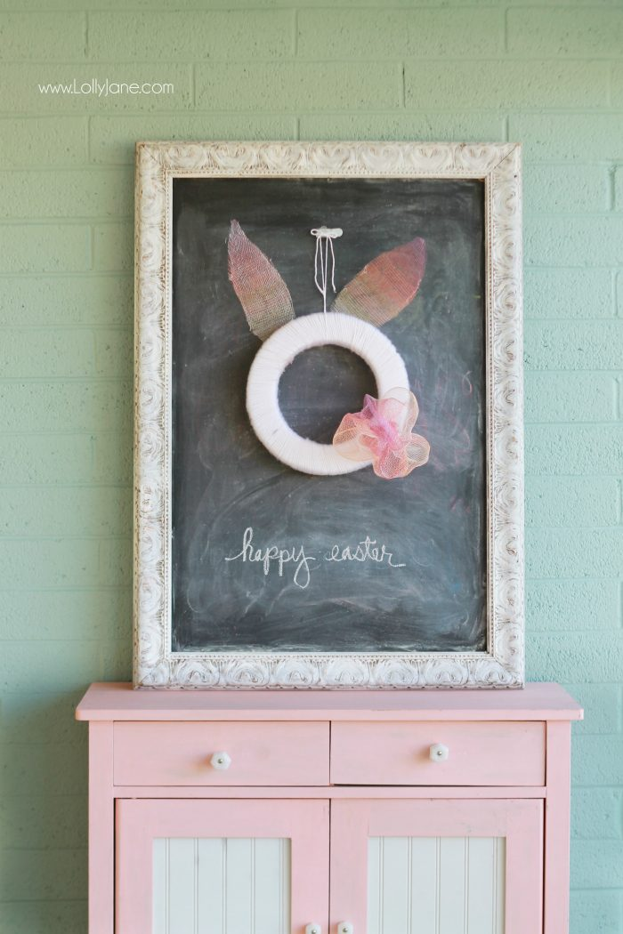 Easy Easter bunny wreath tutorial! Fun spring decor idea, love this spring wreath!