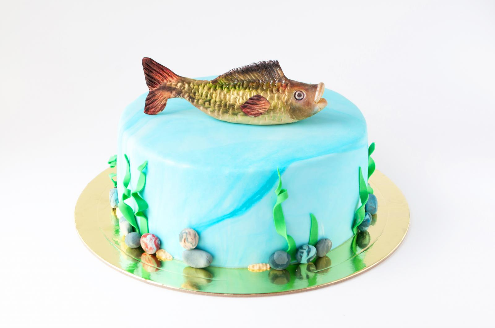 7 Fun Fishing Themed Cake Ideas