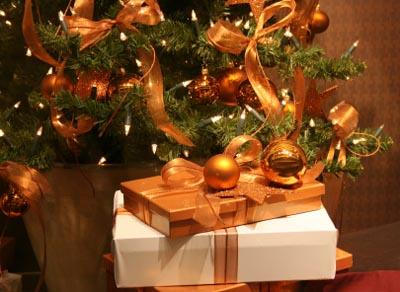 Most Popular Christmas Decorations LoveToKnow