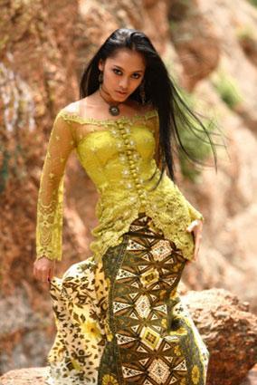 Kain Kebaya LoveToKnow